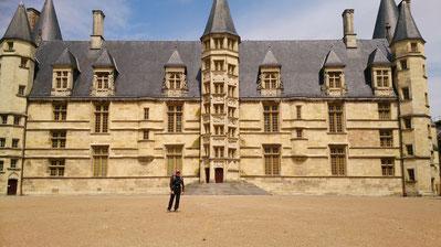 Le palais Ducal, considéré comme le 1er des châteaux de la Loire