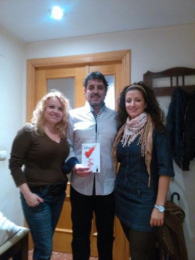 Pili Vallejo (Correctora), Nieves Soto (Psicóloga- Sexóloga), Javier Almenar (Escritor)