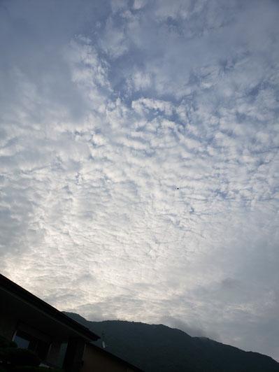 7月のある日の空