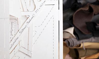 Schnittmuster und Schablonen mit Leder