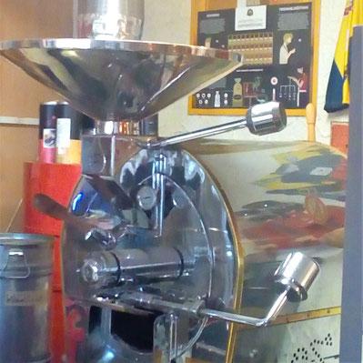Kaffeeröster in der Inselrösterei