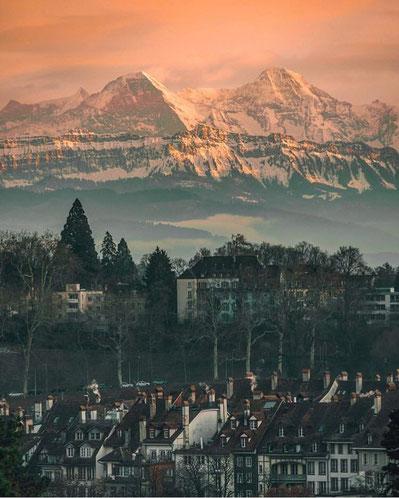 Eiger und Mönch by _bernstagram_Fotograf: @raulrivero87