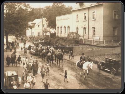 Glockenweihe Erfenschlager Str. 141 _ 1930