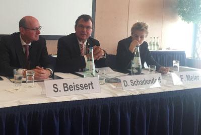 Das Vorstandsgremium der ADO bei der Pressekonferenz (Foto: Aldenhoff)