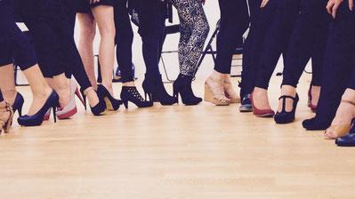 Tanzkurse Erwachsene High Heels Burlesque Workshop tanzen auf Heels Effretikon Lindau Frauen Anfängertanzkurs Jazz Hip Hop