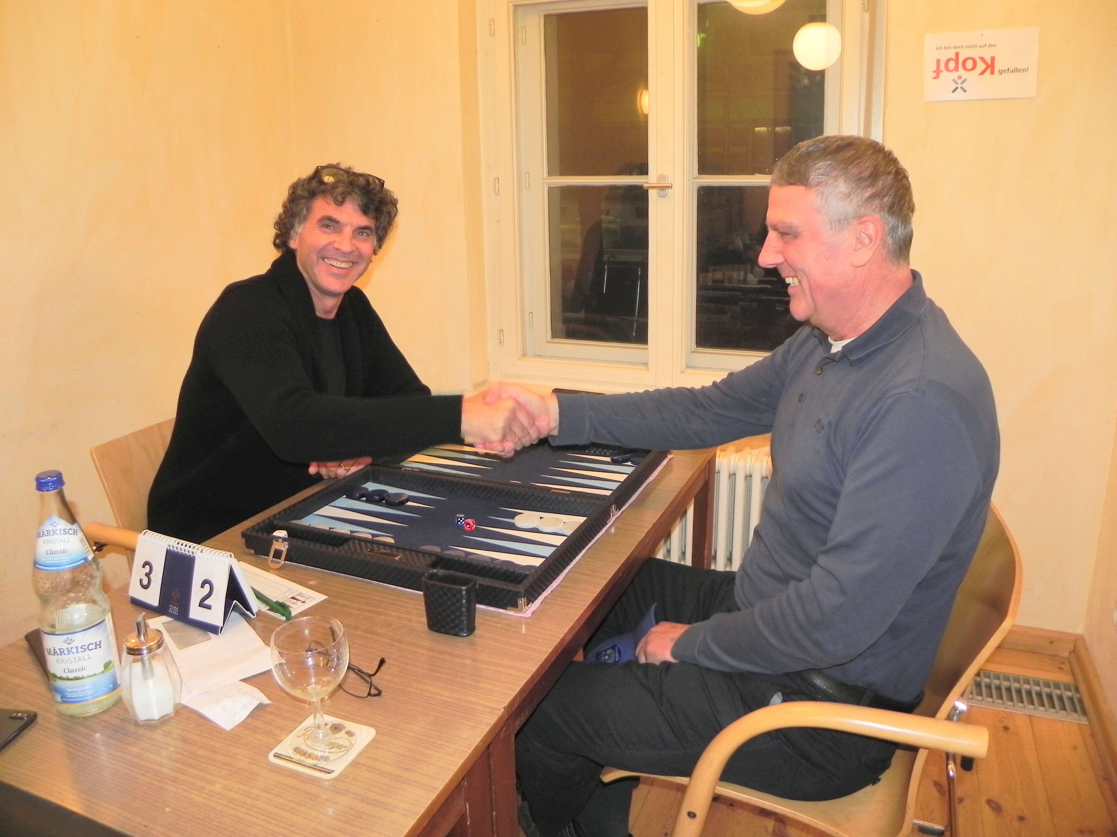 bericht vom februarturnier von berlin backgammon. Black Bedroom Furniture Sets. Home Design Ideas