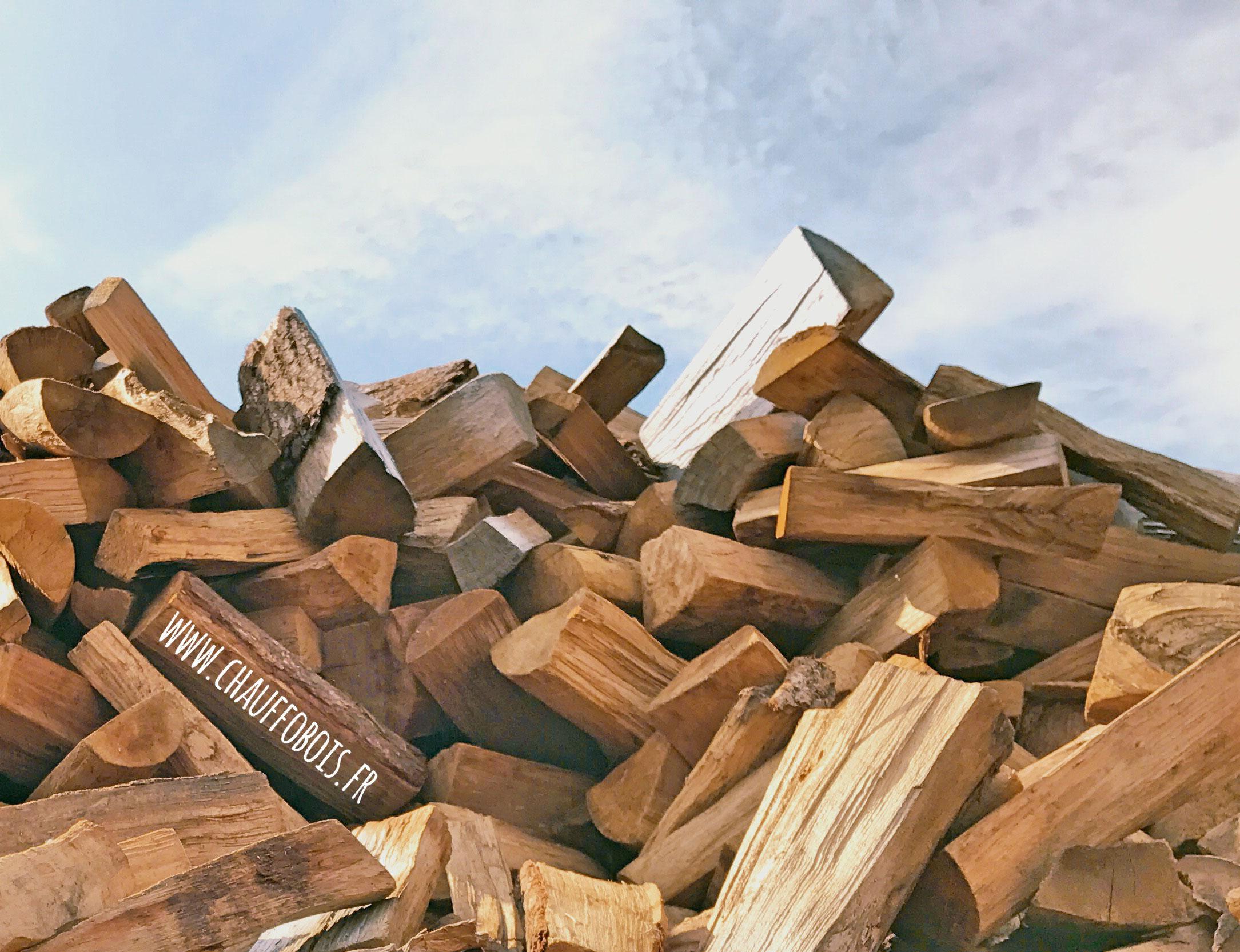 du bois sec toute l 39 ann e bois de chauffage 49. Black Bedroom Furniture Sets. Home Design Ideas