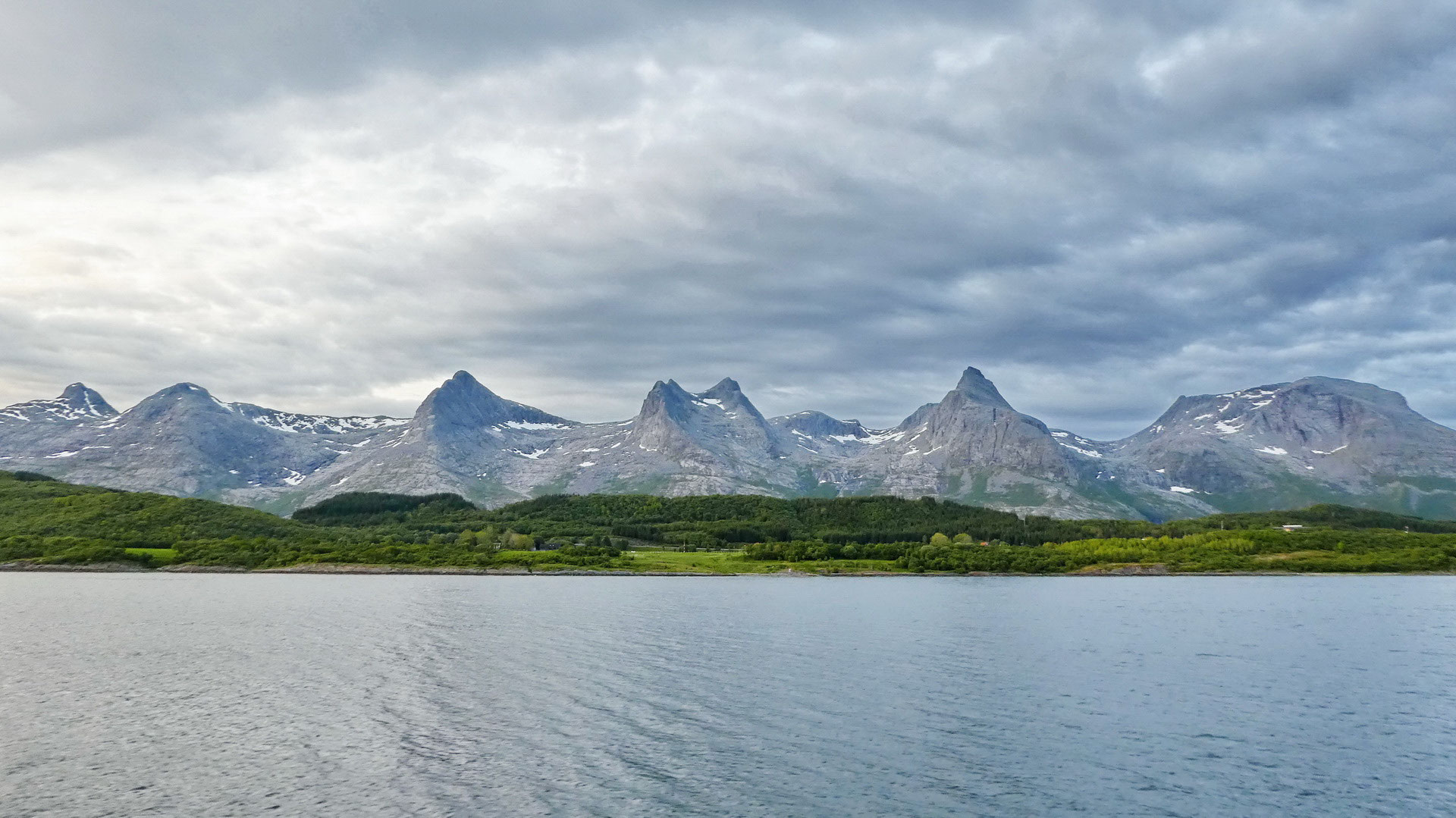 North State Auto >> Norway places & views # 6: Seven Sisters mountains - Mark König - business, consulting ...