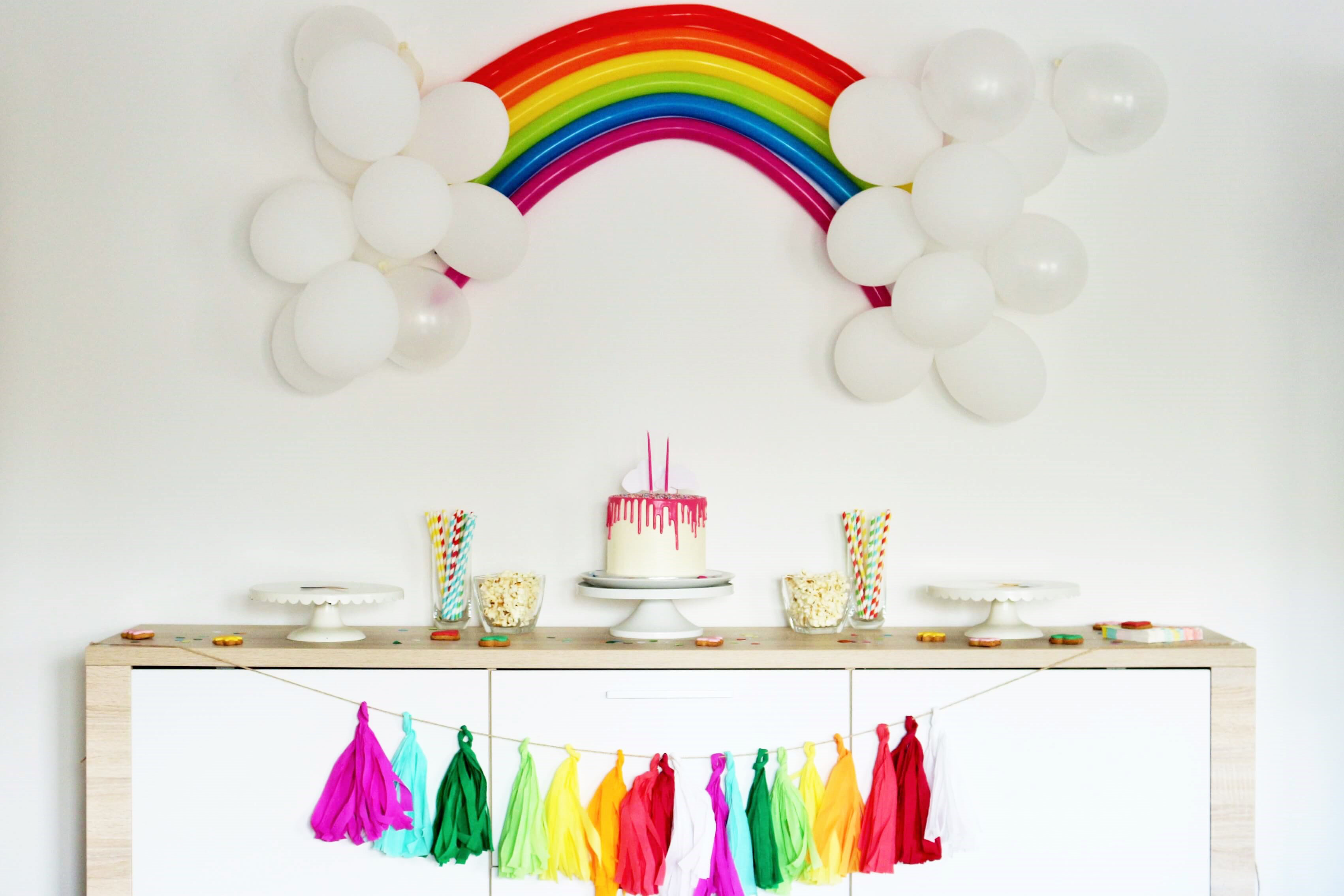 Regenbogen party ideen partystories blog - 18 geburtstag deko ideen ...