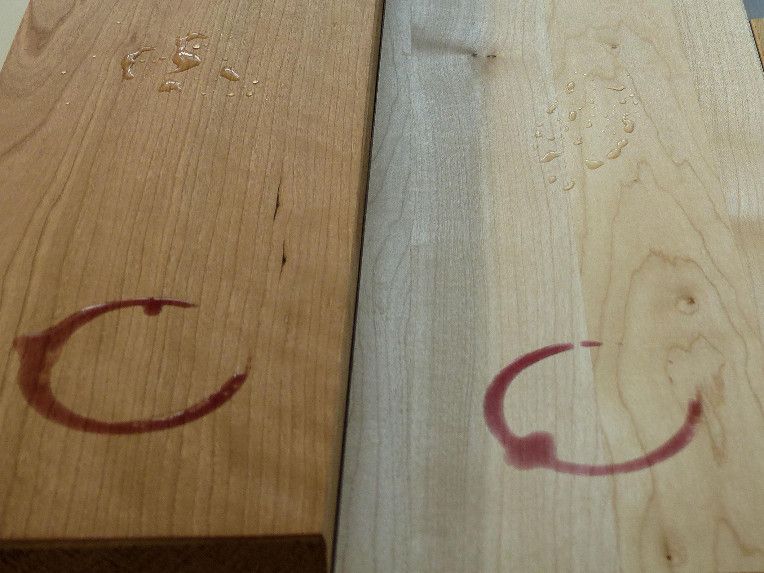 Die Sache mit den Rotweinflecken  - Shakermöbel / Shaker furniture