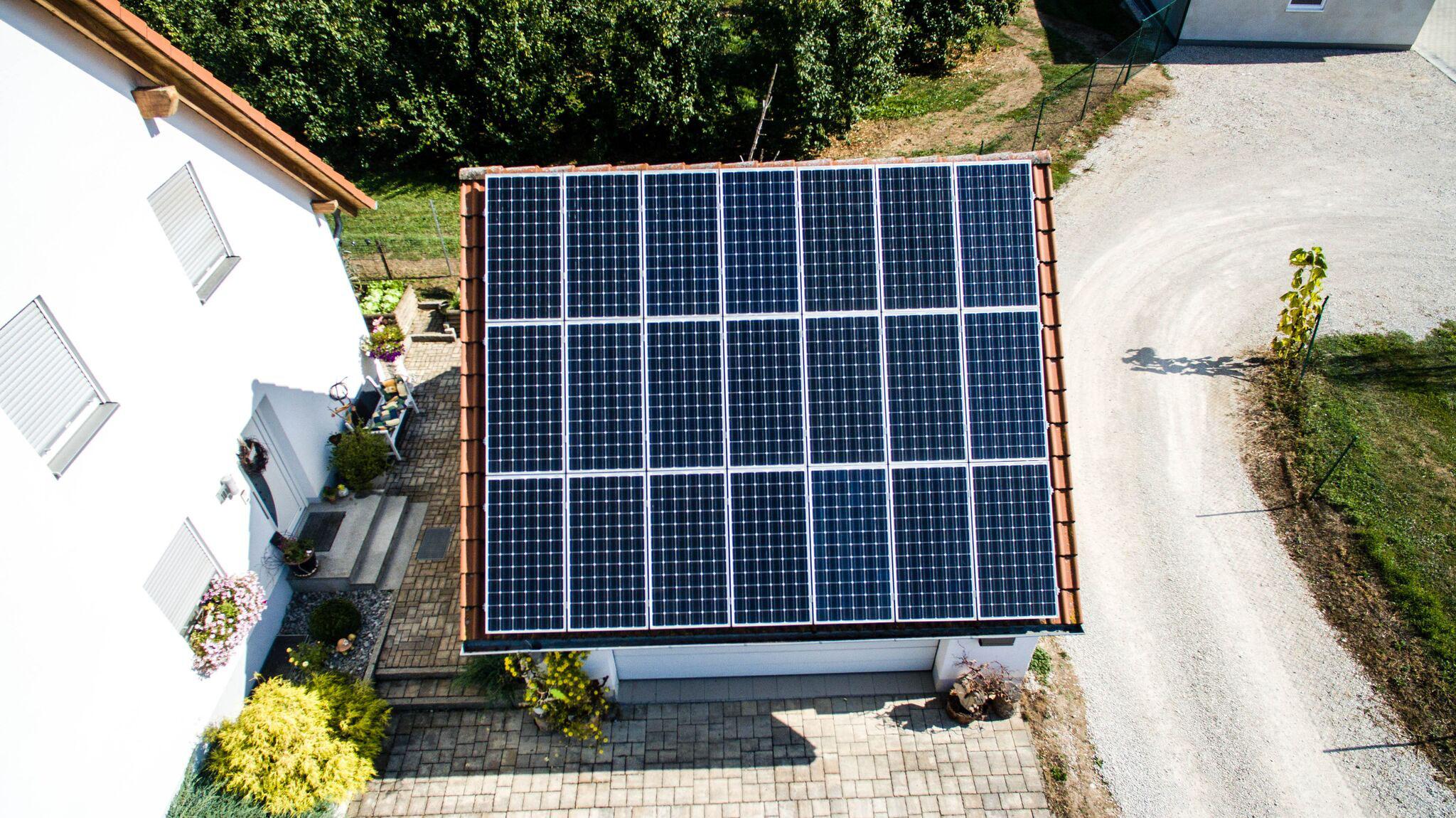 caterva batterie speicher und der preis solar photovoltaik waermepumpe. Black Bedroom Furniture Sets. Home Design Ideas