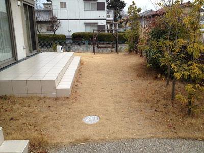 Before タイルテラスに芝生 ブランコもある良い庭ですが