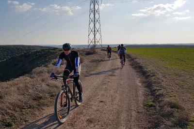 Vom Wasser aufs Rad: Johannes Lotz strampelt in Spanien.