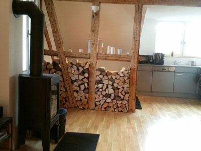 """Kaminofen und Küche 3 Zimmer Wohnung """"Davos"""""""