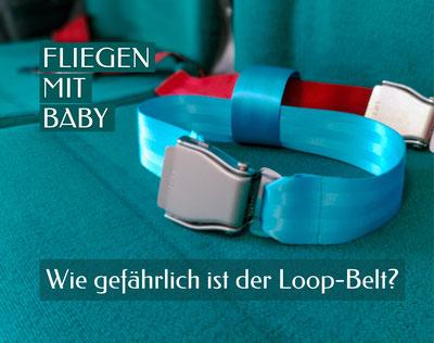 Flugzeugkabine und Gepäckanhänger Born to fly