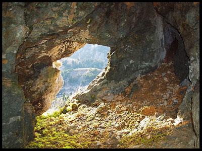 Grotta del Nido