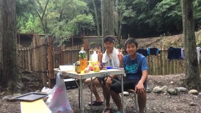 明ヶ島キャンプ場で写真