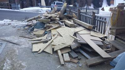 14.12.2013 Riesen Sauerei und fast 50 Arbeiter am Bau!