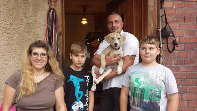Auch die kleine Lana durfte endlich umziehen...alles Gute kleine Zaubermaus mit deiner neuen Familie :-)