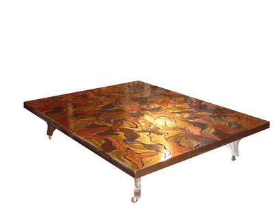 L'âme – Acier, laiton doré et cuivre vernis au four 160x200x50 cm (2006) (Collection Sylvia Wildenstein)