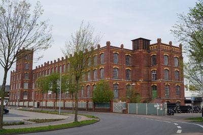 Südostansicht Hauptgebäude, April 2014