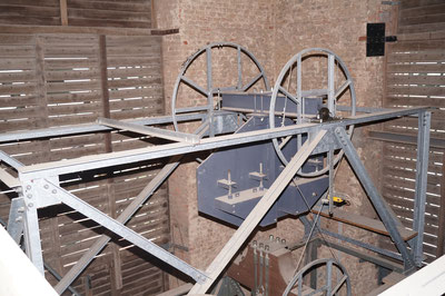 Gegengewicht einer Glocke der Pankratiuskirche, Februar 2014