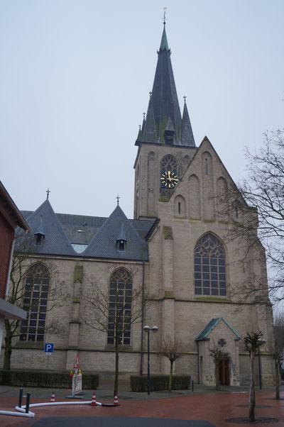 Außenansicht der Pankratiuskirche von Norden, Januar 2014