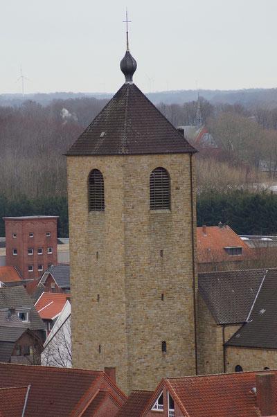 Luftaufnahme des Turms der Marienkirche, Februar 2014