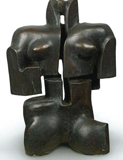 OMPHALE. BRONZE 67 X 48 X 22 cm. COLLECTION DE L'ARTISTE