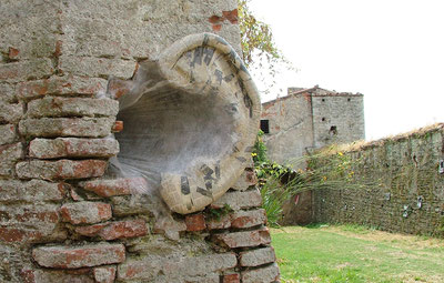 The ear of Dionysos, Roccart, Pietrasanta, Italy