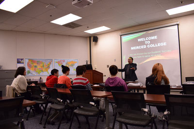 ISS(International Student Service)ディレクターによる講義