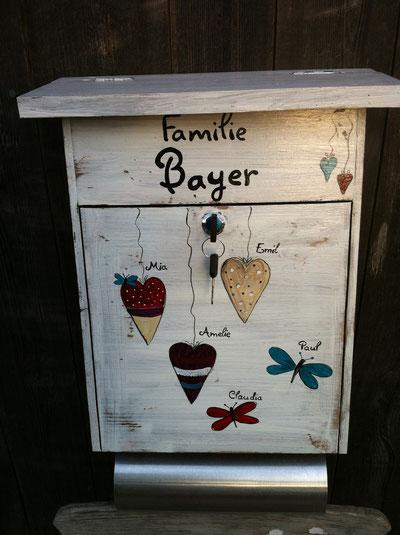 """Briefkasten aus Holz """"Shabby Herzchen"""""""
