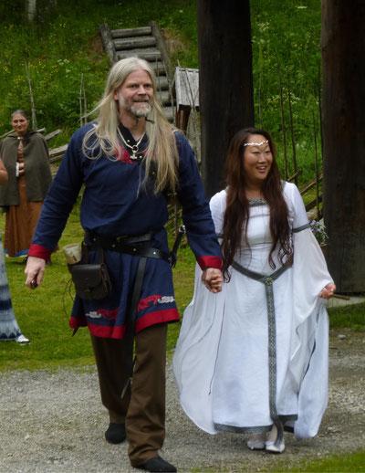Mittelalter,Hochzeit,Brautkleid,Wikinger,Leinen,weiß, maßgerfertigt.