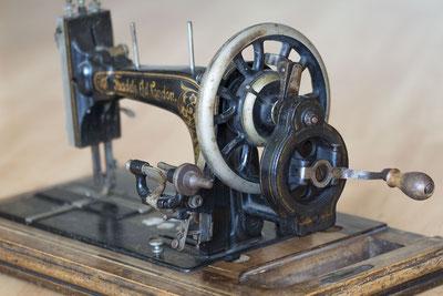 Aprender para Enseñar _ Blog de la Escuela de Costura Costurmoda_Máquina de coser