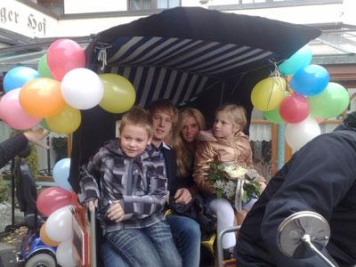 Pockinger Prinzenpaar 2011, Prinzessin Julia und Prinz Alexander mit dem Kinderprinzenpaar