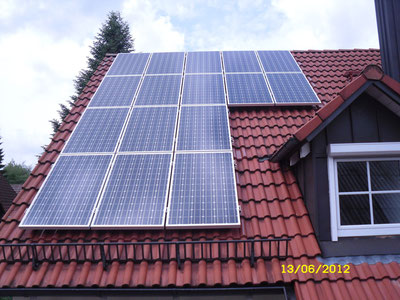 6,25 kWp Ismaning Ostseite  /  IBC MonoSol mit SMA