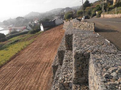 Construction mur de soutènement et mur poids en gabions