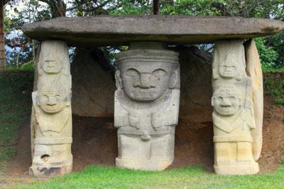 Paket Süden Kolumbien San Agustin Archäologie