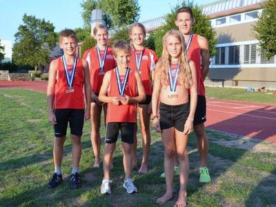 Hinten (v.l.n.r.): Sara Gerber, Nadine Hunziker, Jan Bühlmann - Vorne (v.l.n.r.): Kim Flükiger, Silvan Brügger, Ariana Brügger