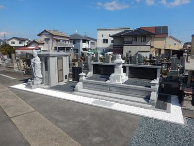 焼津市江月院様にて戦没者慰霊塔、永代供養塔を建立させていただきました。 平成28年3月