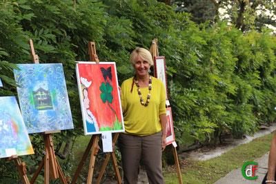 L'artista Daniela Asinari espone al Meleto (foto Cesare Dellafiore)