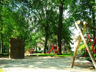 Kurpark Binz, Spielplatz direkt hinter Villa Sirene, Foto: Familie Belitz