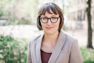 Michele Ursin, Mediatorin, Kommunikations- und Medienwissenschaftlerin. Sie lebt und arbeitet in Ulm.