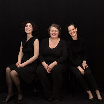 Because the world is round. A cappella Terzett Livella Kadó: Theresa Schram, Lene Clara Strindberg, Anna Vishnevska.