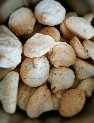 Omas Kokosbusserl Lacky Bakings Webseite