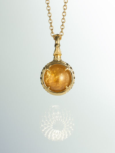 A dragon's jewel NUBUSHI-TAMA that prays at Okinawa's Utaki. Citrine Power Stone Pendant Necklace