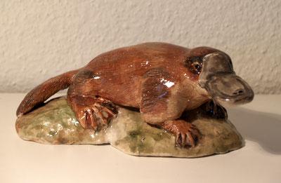 Schnabeltier, Figur, Keramiktier, Tontier,Tierfigur, Tierskulptur, Figur, Tierfigur, aus Ton, Skulptur, www.kunst-und-art.com,