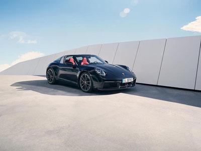 MAG Lifestyle Magazin Auto Motor Sport neu Porsche 911 Targa Sportwagen Allrad Antrieb Boxermotor extravagantes Design