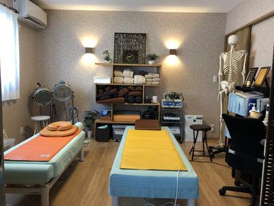 北九州市の気功整体院ラサンテの室内写真