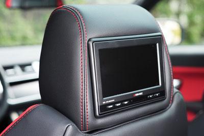 Kopfstützenmonitor im Land Rover Evoque